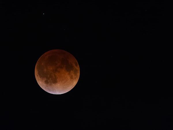 LunarEclipseApril14-15_600